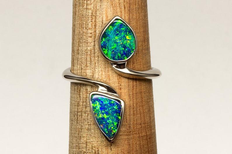 Genuine Natural Lightning Ridge Blue and Green Opal 18k image 0