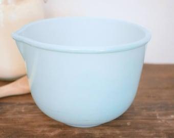Aqua Sunbeam Glasbake mixing bowl