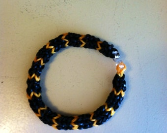 New HEXAFISH Rainbow Loom Bracelet  in Halloween Colors,  Measures 6 inches.  This Is A Very Dense Bracelet.