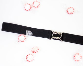 e7314213bc1e7 Skinny black elastic waist belt with interlocking clasp - women's stretch  belt in regular and plus size