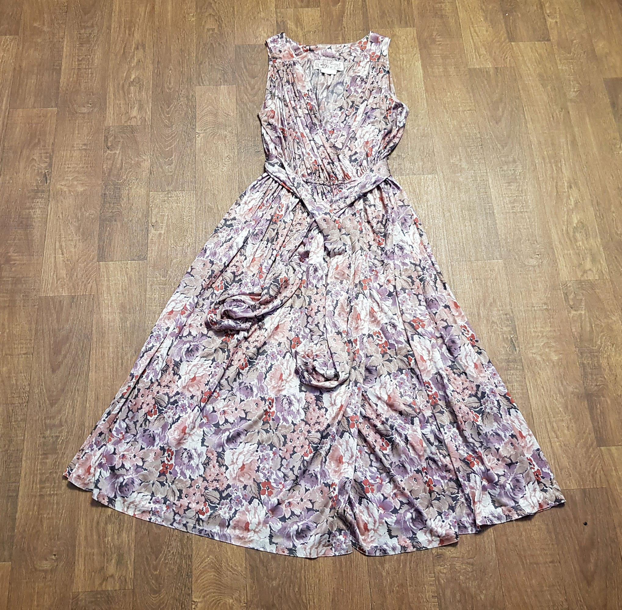 Vintage Scarf Styles -1920s to 1960s Radley Vintage Dress  1970S Floaty Floral Uk Size 121416 Clothing, Dresses, Designer $183.99 AT vintagedancer.com