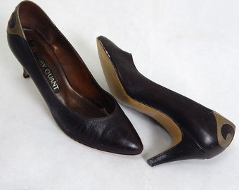 Vintage 1960s Mary Quant Brown and Goldtone Heels Size 6.5