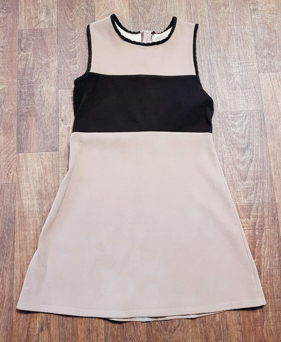 60s Vintage Mod Dress, 1960s Vintage Brown Panelle