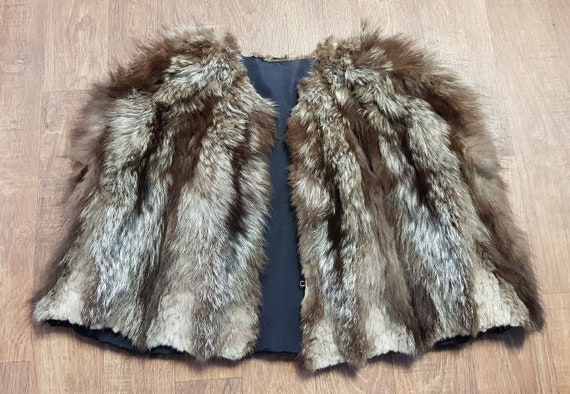 Original 1940s Vintage Racoon Fur Cape UK Size 10/
