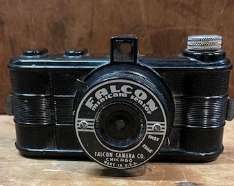"Vintage Falcon ""Minicam Senior"""