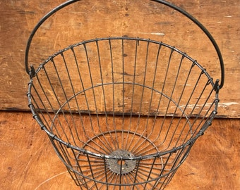 Vintage Wire Egg Basket I Rustic Decor I Shabby Chic