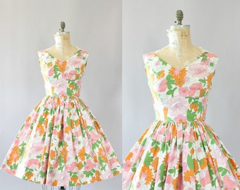 Vintage 50s Dress/ 1950s Cotton Dress/ Parikène Pink and Orange Floral Cotton Dress w/ Full Skirt S