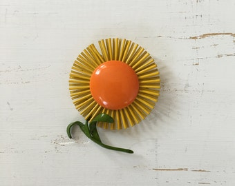 Vintage 60s Brooch/ 1960s Enamel Brooch/ Yellow Flower Enamel Brooch with Stem