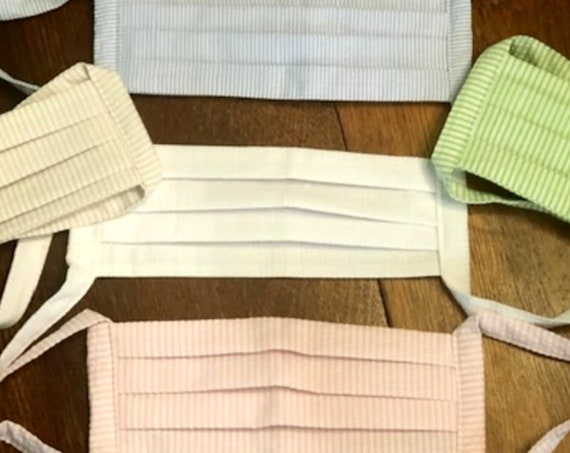 Face Masks / Face Coverings In 100% Cotton Seersucker Quilting Fabric. (not to be worn for anyone under the age of 2)