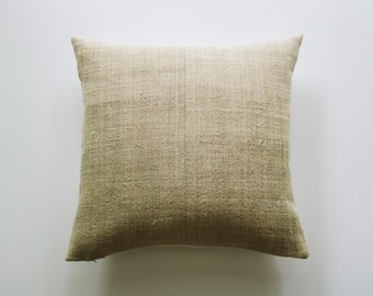FINN || Natural Hemp Pillow Cover | Neutral Organic Modern Pillow | Modern Farmhouse Throw Pillow