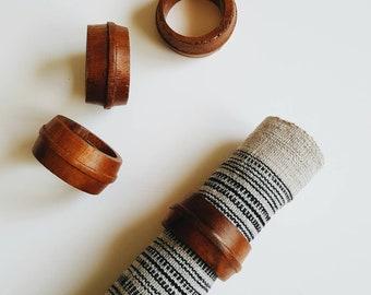 Vintage Set of 4 Mid Century Modern Style Wooden Napkin Rings for Table Setting - Modern Minimalist Wood Napkin Rings