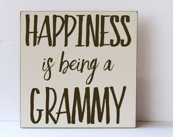 Grammy Wall Art, Gift for Parents, Wooden Sign, Distressed Farmhouse Wood Sign, Grandma Gift Wood Sign, Pregnancy Reveal Wood Sign, Grammy