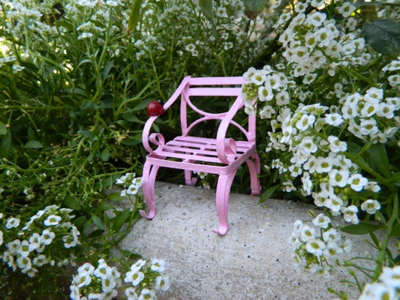 Astounding Fairy Garden Furniture Miniature Chair With Ladybug Bright Pink Fairy Chair Fairy Accessories Terrarium Accessorie Ibusinesslaw Wood Chair Design Ideas Ibusinesslaworg