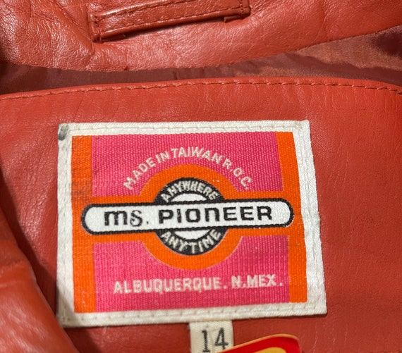 Vintage 1970's Ms. Pioneer Genuine Leather Orange… - image 9