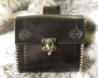 Customizable Leather Belt Bag Medieval, Celtic Circle Design, Belt Pouch Small, Leather Bag, Bushcraft, LARP, SCA, Costume, Ren Faire, Black