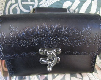 Customizable Scroll Design Leather Belt Bag / Pouch Medieval, LARP, SCA, Costume, Ren Faire