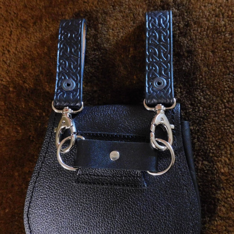 Customizable Sporran Belt Hanger