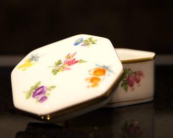 Herend Hungarian Porcelain Handpainted Floral Trinket Box