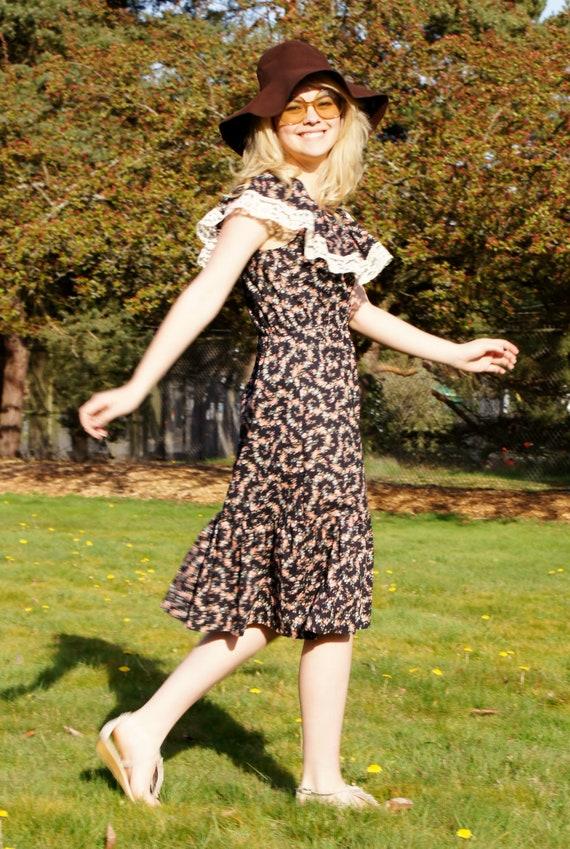 1970's Summer Off Shoulder Calico Prairie Dress Bo
