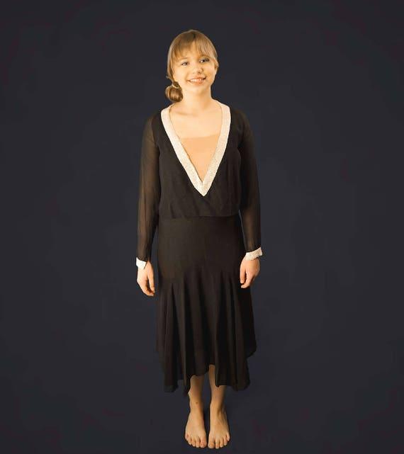 20's Black Silk Chiffon Beaded Flapper Dress - image 2