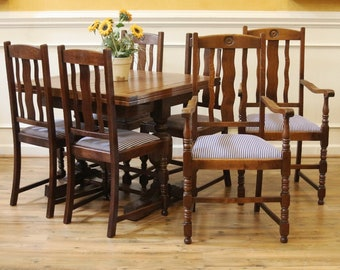 Antique English Oak Pub Table and Chairs Dining Set, Draw leaf Extending Table, 4 Side Chairs, 2 Arm Chairs, Art Deco, 1920's.
