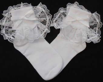 Lacy Socks with White ribbon detail (Small size)