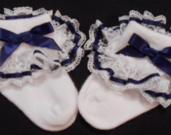 Lacy Socks with Navy Ribbon (Newborn size)