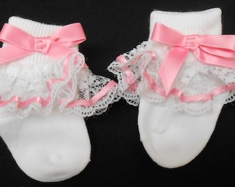 Lacy Socks with Pink Ribbon (Newborn size)