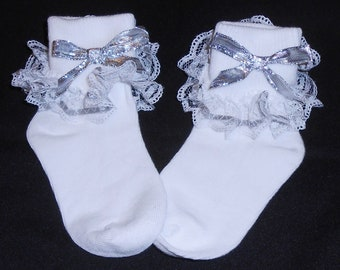 Lacy Socks with Silver Metallic Ribbon (Toddler size)