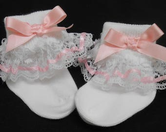 Lacy Socks with Pastel Pink Ribbon (Newborn size)