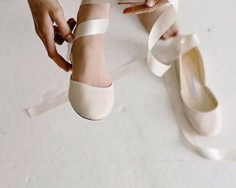 Light Ivory Wedding Ballet Flats in Leather with Lace Up Satin Ribbons