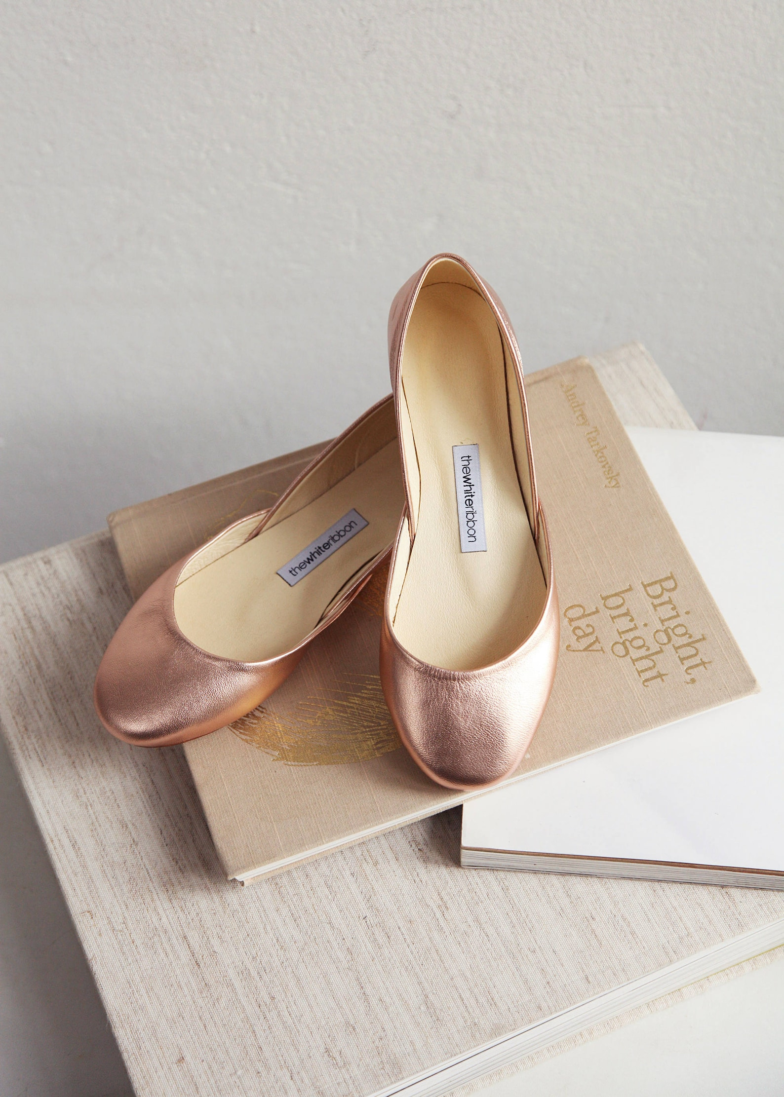 metallic rose gold ballet flats | bridal wedding shoes | pointe style shoes | classic model | standard width | rose gold | ready