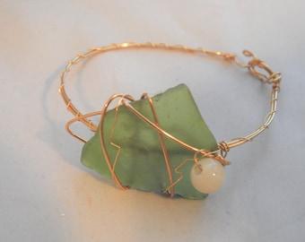 Rare Sea Glass Gold Bracelet, Black Sea Sea Glass, Handmade 14K Gold Filled, Genuine White Jade, Genuine Beachcombed
