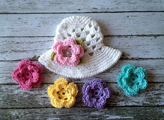 62a05d7ded432 The Sofia Sun Hat in White with Five Interchangeable Flowers