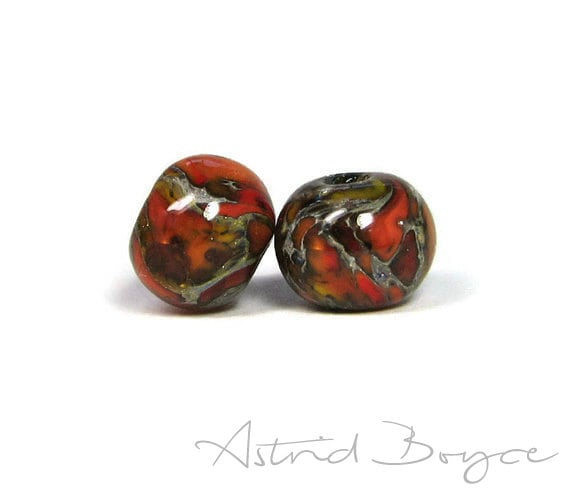 Ignition Round Artisan Lampwork Bead Pair Pantone Color Flame Minimal Design  Art Glass for your Jewelry and Craft Creations -  Pantone 2017