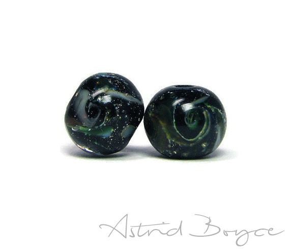 Galaxy Rounds Bead Pair Space Beads Artisan Lampwork Glass -  Beads with a Tiny Universe Inside for your Jewelry Creations and Crafting -SRA