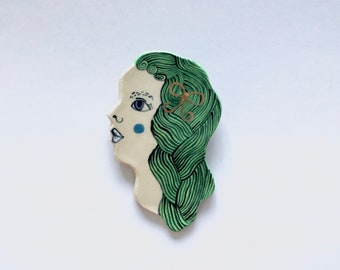 Green-haired Lady Brooch with Gold Bow
