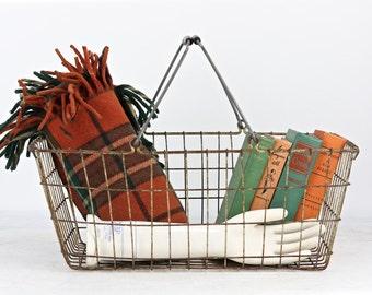 Wire Market Basket, Rectangular Basket With Handles, Rectangular Wire Market Basket, Metal Basket, Wire Basket, Vintage Market Basket