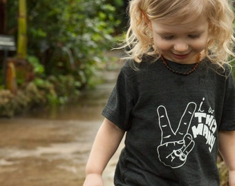 I Am This Many Kids Birthday Shirt - 1 through 5 - Graphic Tee - Funny Boys or Girls Shirt - Toddler Birthday - This Many - American Apparel