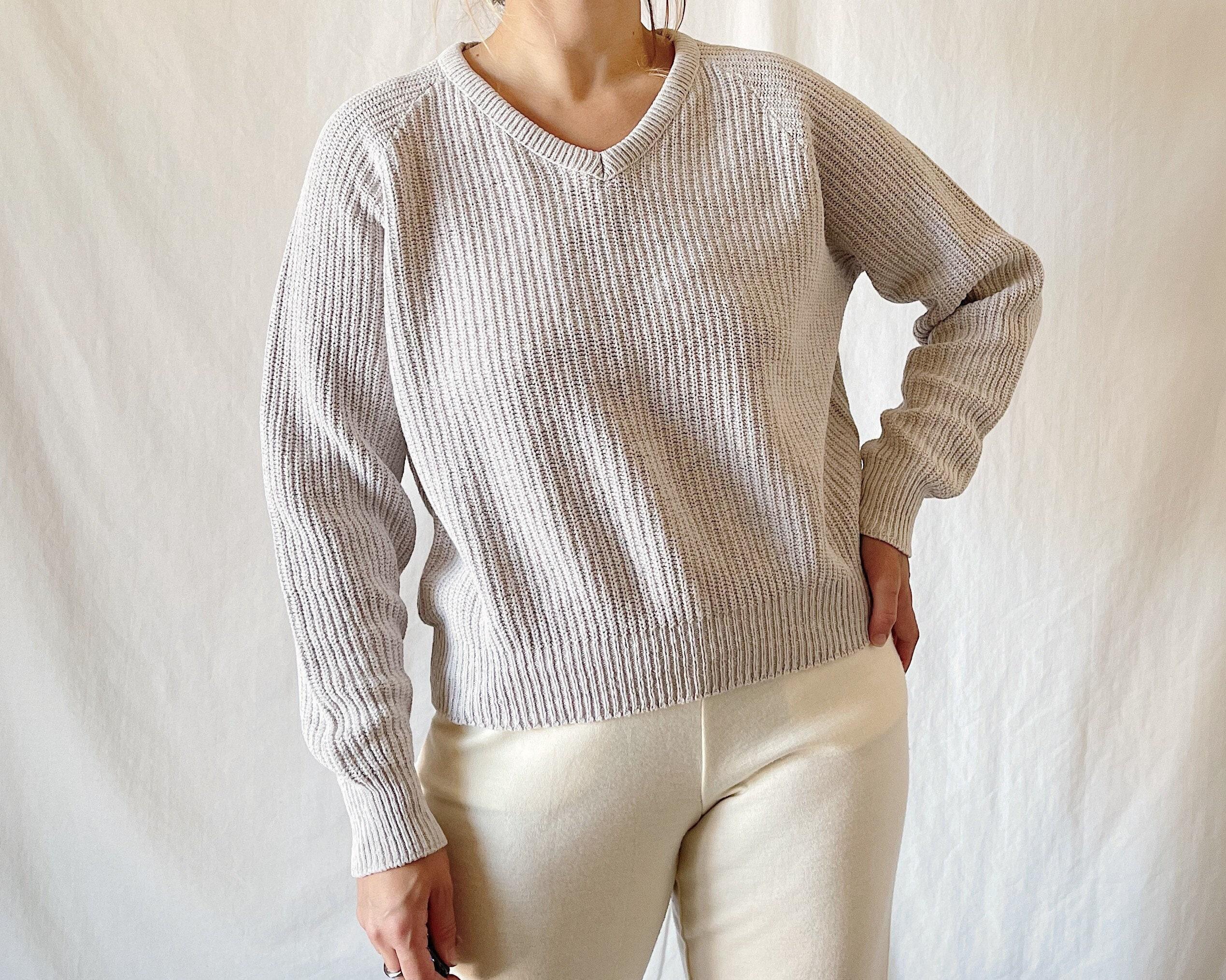 80s Sweatshirts, Sweaters, Vests | Women 1980S Jantzen Light Grey Cotton V-Neck Sweater $30.00 AT vintagedancer.com