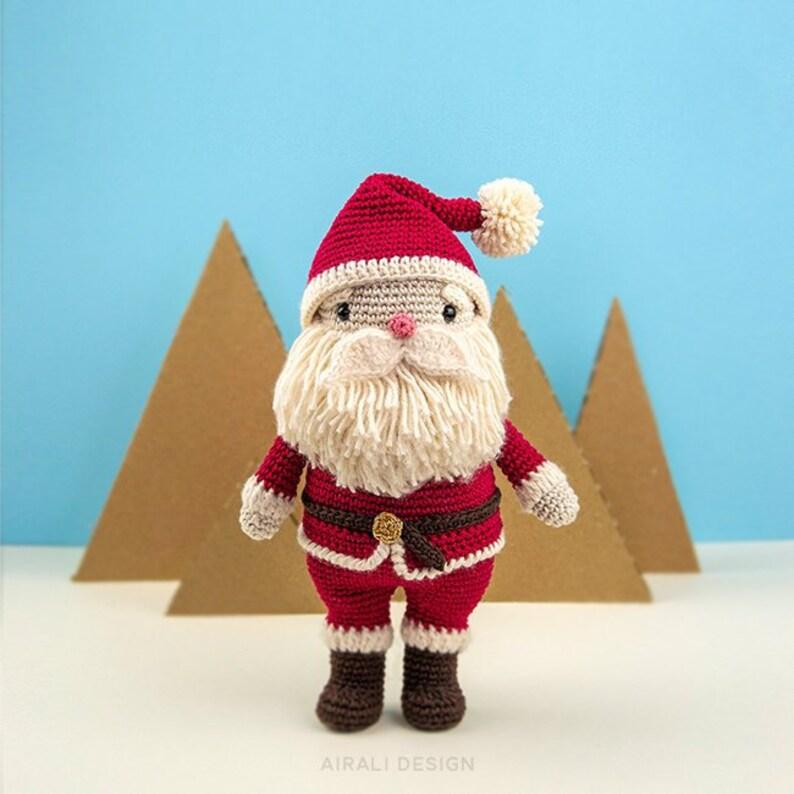 Babbo Natale Amigurumi schema uncinetto in PDF bambola  c8c85eb7eccb