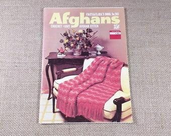 51daf457039 Vintage Coats   Clark s Afghans Crochet Knit Afghan Stitch Pattern Blankets  Book 203 1970s