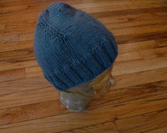 Hand Knit  Hat Wool  Great Christmas Holiday Gift Gren