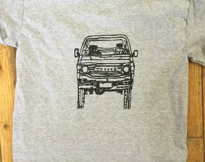 Small adult FJ60 Series Land Cruiser LandCruiser  Gray Tshirt