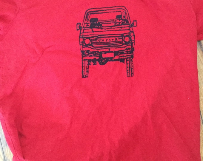 Large  adult FJ60 Series Land Cruiser LandCruiser Red Tshirt