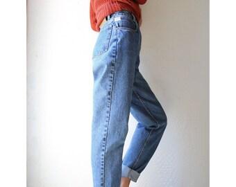 ae2dbb60f5 Vintage Lawman High Rise Jeans    Medium Wash