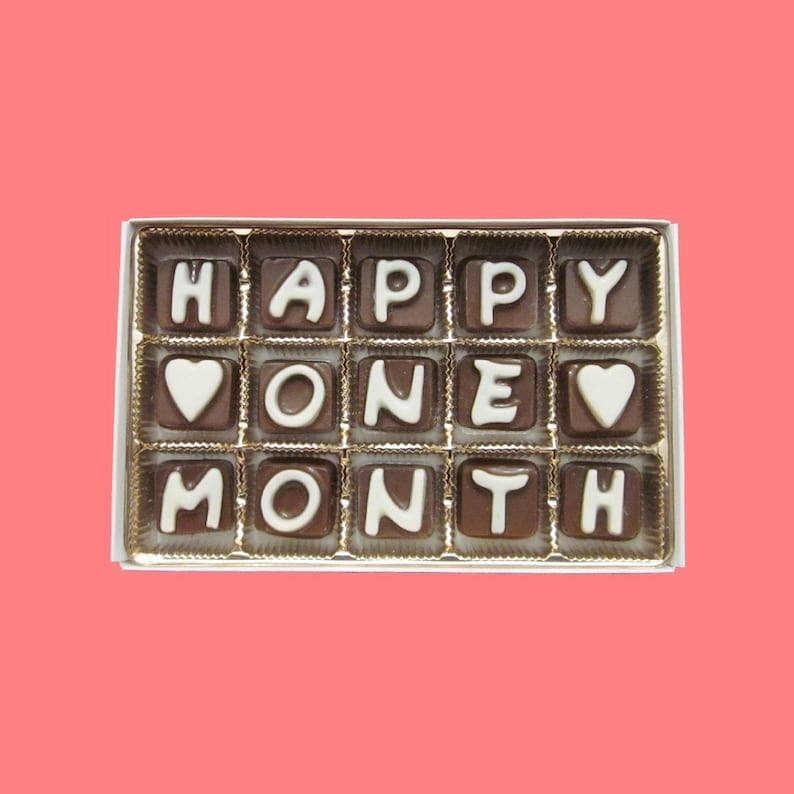 One month anniversary gift ideas for her