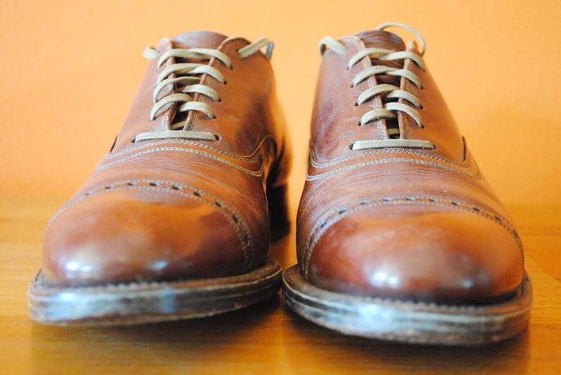 8 B Mens Cap Toe Leather Shoes sz 8 B