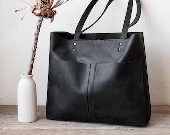Medium Black Matte Leather Tote bag No. LPB-70166