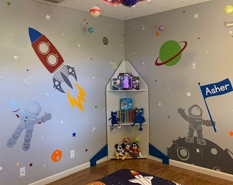 Space Voyager with Custom Flag Name Wall Stickers - Astronauts, Aliens, Rocket, Planets - Cosmos Wall Decals for Kids - PLOS040